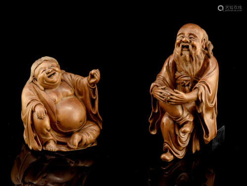 TWO FINELY CARVED BOXWOOD FIGURES
