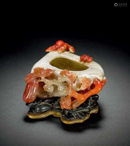 清 南红玛瑙雕瓜果水呈