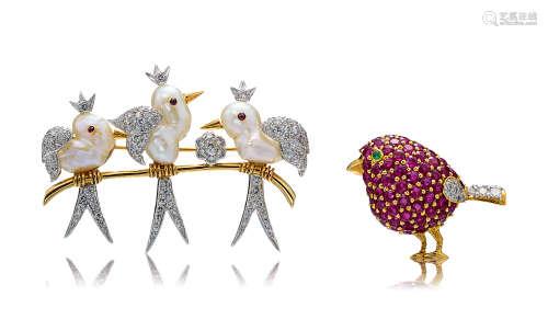 珍珠及石榴石配钻石「小鸟」胸针 (一对)
