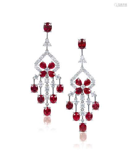 总重约58.6克拉红宝石配钻石耳环