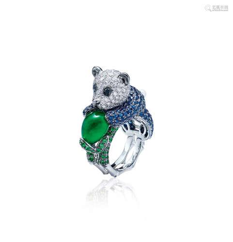 约4.7克拉绿色石榴石配钻石、蓝宝石、石榴石及珍珠「熊猫」戒指