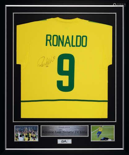 罗纳尔多亲笔签名 2002年世界杯巴西队主场球衣