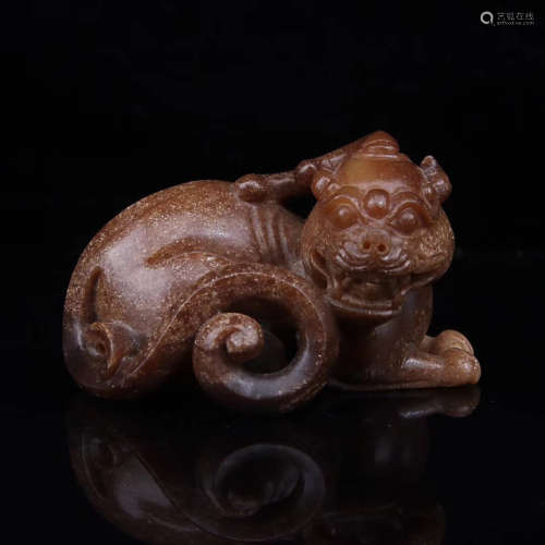 A PIXIU DESIGN OLD HETIAN JADE ORNAMENT