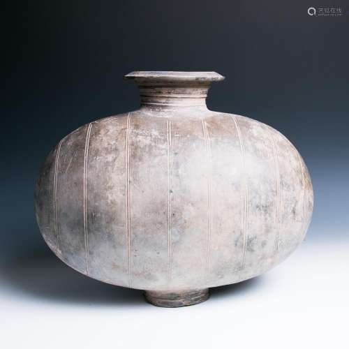 A LARGE GREY PAINTED COCOON JAR, HAN DYNASTY