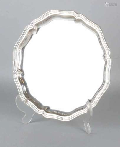 Silver silver platter, 830/000, rounded disc with ribbed edges. ø 21 cm. signed Citroen. Provided