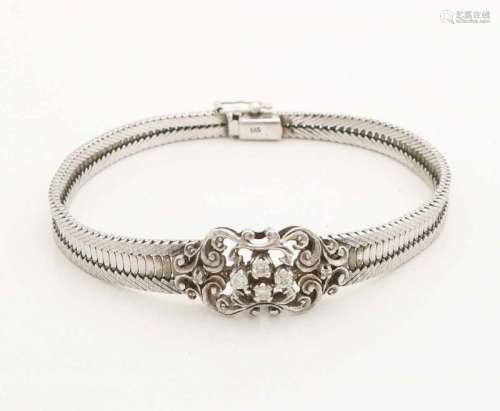 White gold bracelet, 585/000, with diamonds. White gold bracelet bracelet with a curled element