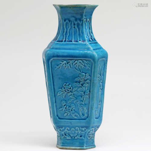 民国 孔雀蓝釉模印花卉纹六方瓶