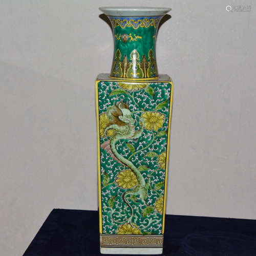 CHINESE GREEN AND YELLOW GLAZED DRAGON VASE