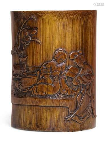 清十七/十八世纪   竹雕二乔共读图笔筒 《子蕃》款