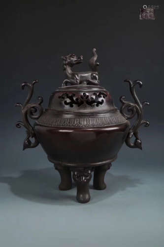 14-16TH CENTURY, A BRONZE DOUBLE-EAR THREE FEET INCENSE BURNER, MING DYNASTY