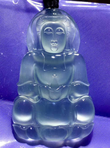 A NATURAL GUANYIN DESIGN ICY JADEITE PENDANT