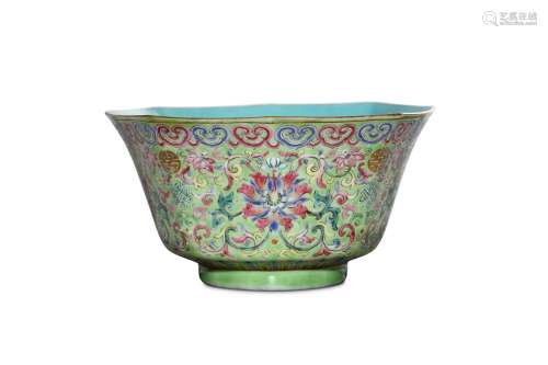 A CHINESE FAMILLE ROSE LIME-GREEN GROUND BOWL. Qin