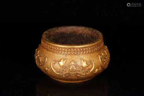 17-19TH CENTURY, A PALACE STYLE GOLD INGOT PATTERN GILT BRONZE CENSER, QING DYNASTY