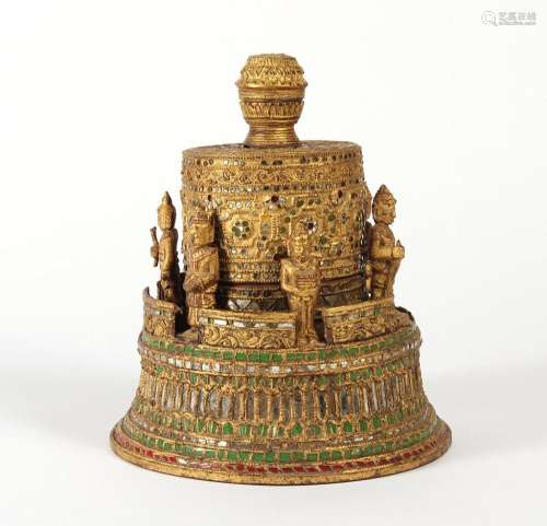 ANTIQUE BURMESE HSUN-OK GOLDEN SIX BUDDHAS - Burmese offering vessel (Hsun-ok) made of bamboo, wood, layers of red lacquer and gilt;...