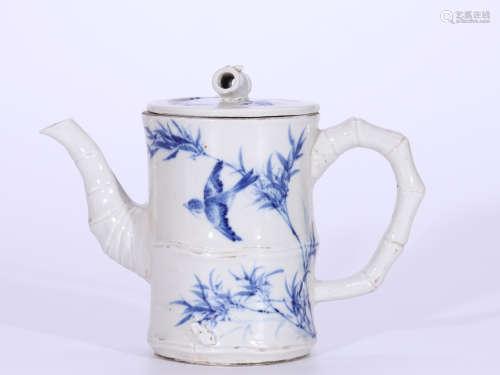 民国 仿王步青花竹节茶壶