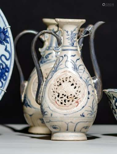 TWO BLUE AND WHITE PORCELAIN EWERS