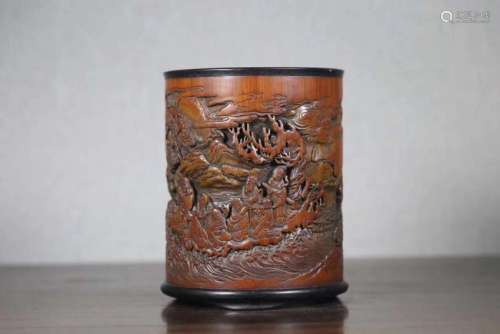 A OLD BAMBOO WOOD CARVED BRUSH POT