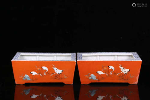 17-19TH CENTURY, A PAIR OF CRANE PATTERN RED GLAZED FLOWERPOTS, QING DYNASTY