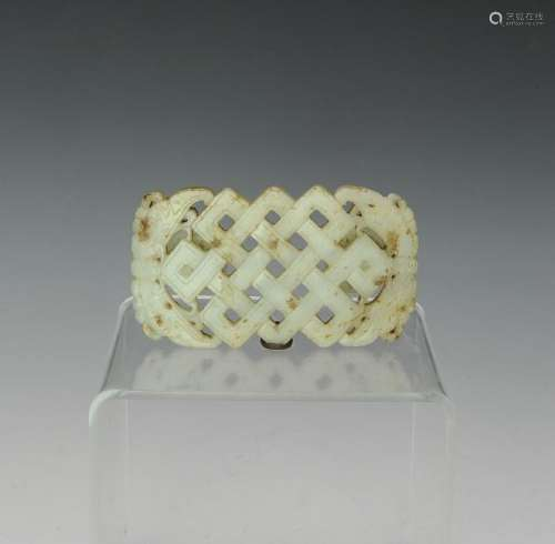 Chinese White Jade Belt Buckle, Ming Dynasty