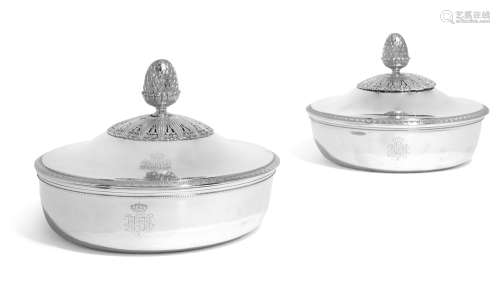 A matched pairofAustrian/Frenchsilver vegetable dishes and covers, one, Franz Köll, Vienna, the other, Martin-Guillaume Biennais, Paris, respectively circa 1810 and 1809-19