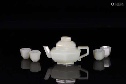 SET OF OLD HETIAN JADE CARVED POT AND CUPS