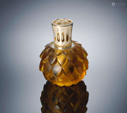 A 'Artichaut' Perfume-Burner, designed in 1927 René Lalique (French, 1860-1945)