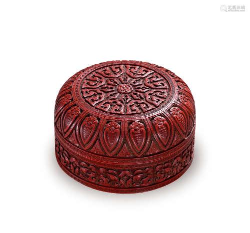 清乾隆 剔红仿古纹盖盒