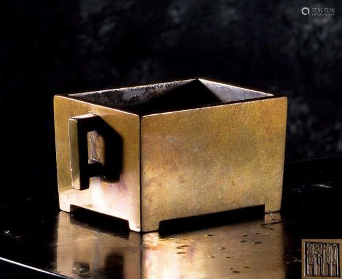 清早期 铜马槽炉