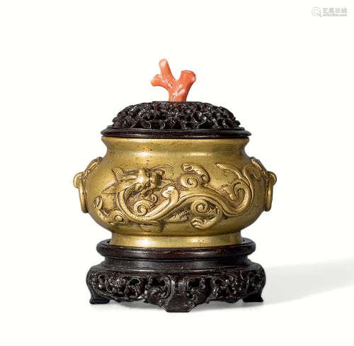 清 铜螭龙纹铺首耳炉