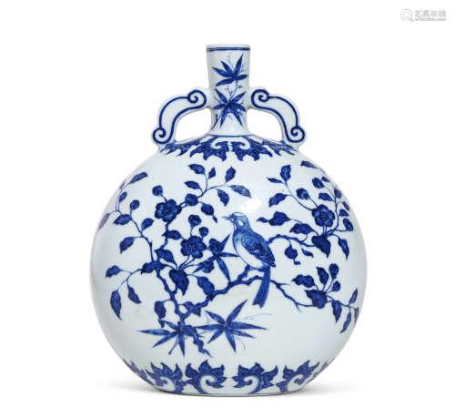 清雍正 青花喜上眉梢图抱月瓶