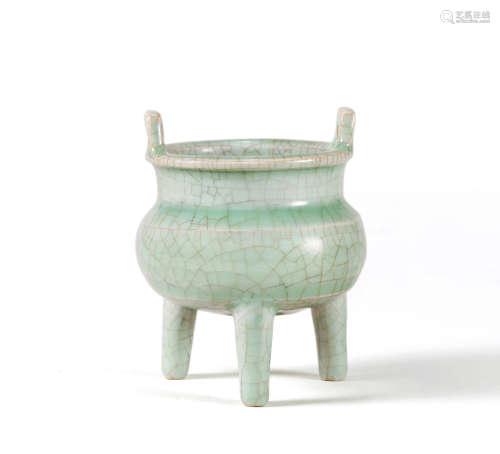 明 龙泉青瓷鼎式炉
