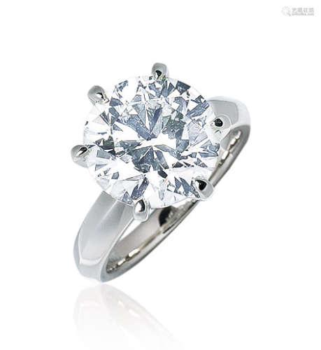 5.71克拉 天然L色钻石戒指