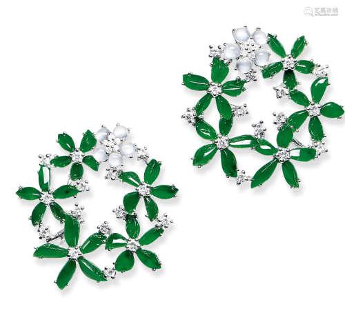 天然满绿翡翠配钻石花环耳环