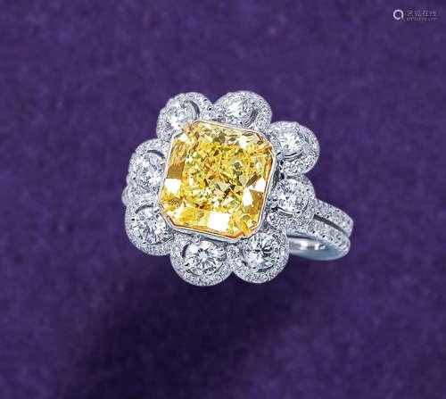3.13克拉 天然彩黄色IF净度内部无瑕钻石配钻石戒指