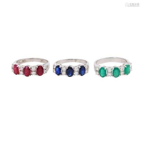 Set von 3 Ringen mit Edelsteinen,Rubine, Saphire, Smaragde, Diamanten (zus. ca. 0,99 ct, gute