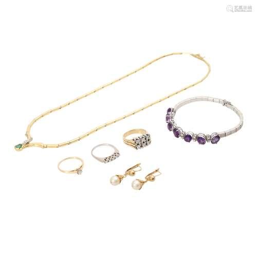 Schmuckkonvolut 6-teilig,Händlerkonvolut bestehend aus 3 Ringen, 1 Collier, 1 Armband und 1 Paar