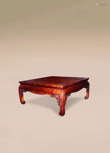 清 黄花梨雕回龙纹炕桌