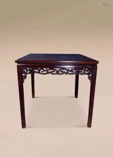 清 红木雕勾莲纹方桌