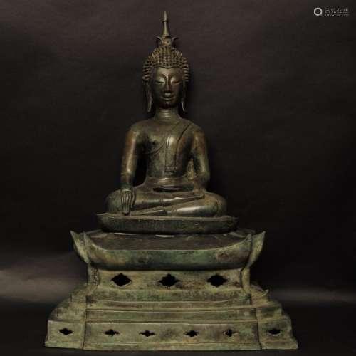 Laos, XVIII XIXe s.Bouddha assis sur son trône,...