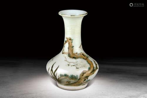 民國  喻子明繪花卉紋瓶