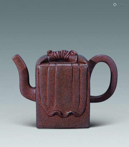 20世纪 段泥包袱方壶
