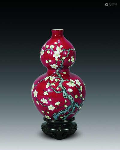 民国 胭脂红绿梅葫芦瓶