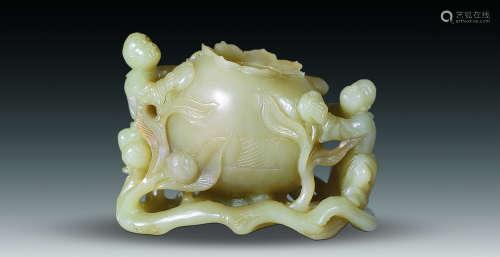 黄玉童子石榴盂