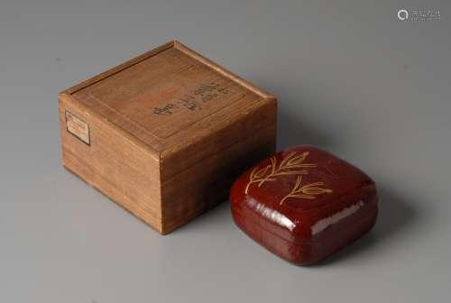 2-A17 大漆金彩菓子盒