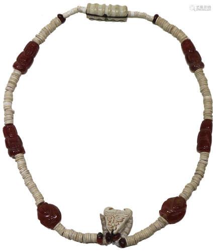 Qing Dynasty (1644 - 1912) 瑪瑙舊珠頸飾