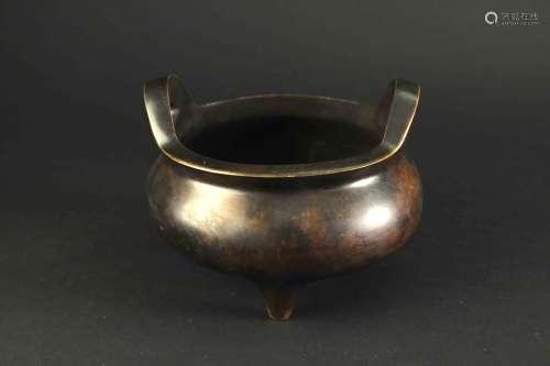 鬲式三足双耳铜炉