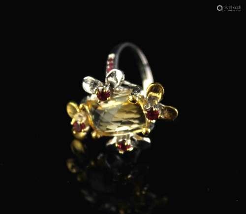 银镶天然黄水晶和石榴石戒指