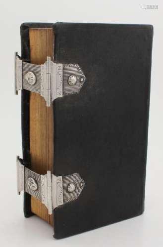 Bible with silver locks, 833/000. Bible, the new