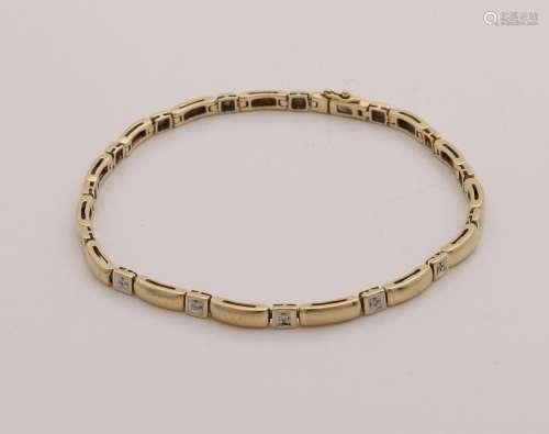 Yellow gold bracelet, 585/000, with diamond. Bracelet