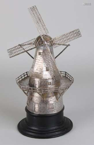 Special silver windmill, 833/000, beautifully finished